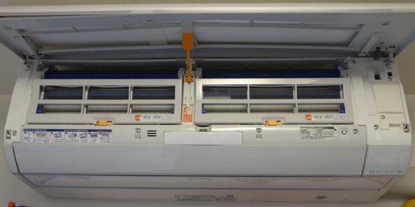 ノクリアZの自動お掃除機能搭載でも掃除は必要。3年半で暖かくならなくなった
